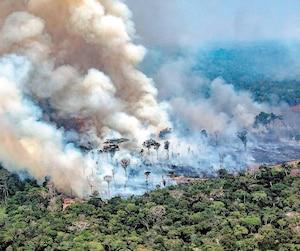 Les incendies qui ravagent la forêt amazonienne au Brésil, comme sur cette photo prise le 24 août, ont suscitéun énorme tollé international.