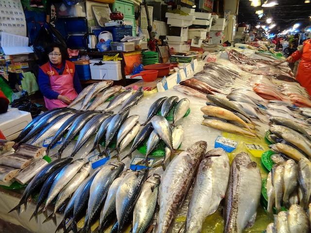 Inutile de dire que le poisson est de très loin la viande la plus consommée par ici, et la diète coréenne est parmi les meilleures pour la ligne. Vive les omégas 3!