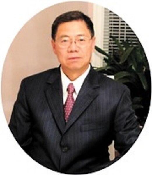 Raymond Lai<br /> Maple Leaf Green World<br />1,4M$