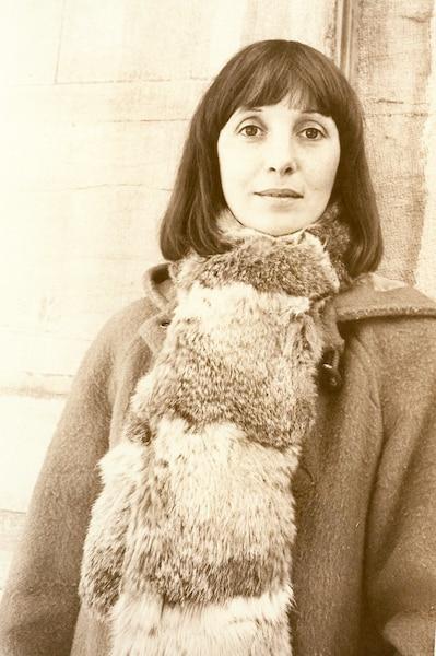 Louise turcot retro pic 76