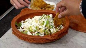 Salade de maïs et ses croustilles de tortillas
