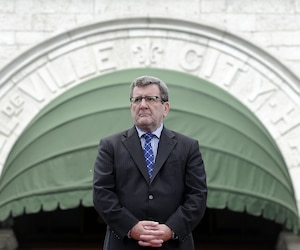 Avec 59 % d'opinions favorables, M. Labeaume reste toutefois l'un des politiciens les plus populaires dans le cœur des Québécois.