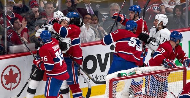 Échauffourée en deuxième période lors du match opposant les Kings de Los Angeles et le Canadien de Montréal au centre Bell.