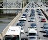 L'autoroute 15 est l'axe le plus problématique sur la Rive-Nord. L'ajout d'une voie réservée dans chaque direction améliorera rapidementla situation, espèrent plusieurs maires.