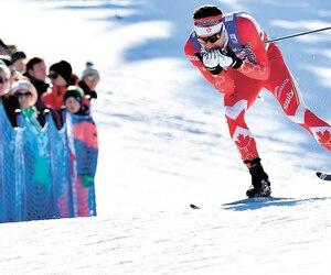 Sous un soleil printanier, Alex Harvey a été éliminé en demi-finale au sprint individuel en style libre. Le résultat ne surprend pas le fondeur québécois, qui sort d'un camp d'entraînement de trois semaines en Italie.