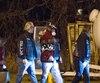 Michel « L'Animal » Smith (2e à partir de la gauche), photographié à Sorel, le 5 décembre 2015, à son arrivée au party du 38e anniversaire de fondation du chapitre de Montréal, la toute première section des Hells Angels au pays.