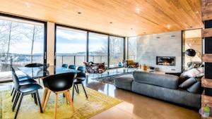 Une luxueuse maison à 1 575 000 $ à Mont-Tremblant