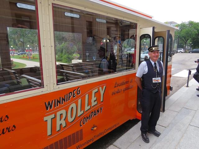 Doug et son «Trolley», sans aucun doute la meilleure façon de prendre contact avec cette ville.
