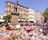 Une minute de silence a été observée jeudi au Royaume-Uni. Sur la photo, à Manchester.