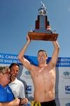 Trent Grimsey n'a pas fait mentir la majorité des experts qui le voyaient succéder à Petar Stoychev. Il remporte ainsi une deuxième étape consécutive du Grand Prix de nage en eau libre FINA.