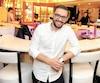 Patrick James Russo, propriétaire du restaurant Pot de Vin, voisin du défunt Maurice Night Club, a grandi en travaillant dans les restaurants italiens de ses parents dans la région de Montréal. C'est d'ailleurs cet esprit familial qu'il compte importer à Québec, où il est maintenant installé «pour de bon».