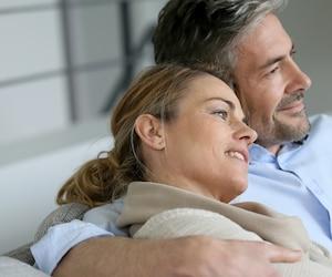 L'amitié est l'une des principales bases des couples heureux à long terme