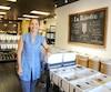 Flavie Morin, propriétaire de La Récolte, sur la 3e Avenue, propose aussi bien du riz que du savon dans sa boutique.