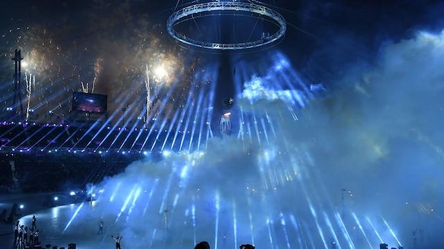 La cérémonie d'ouverture des Jeux olympiques d'hiver 2018 a débuté vendredi peu après 20h00 locales.