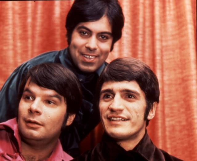 Le groupe Les Baronnets composé de Jean Beaulne, Pierre Labelle et René Angélil.