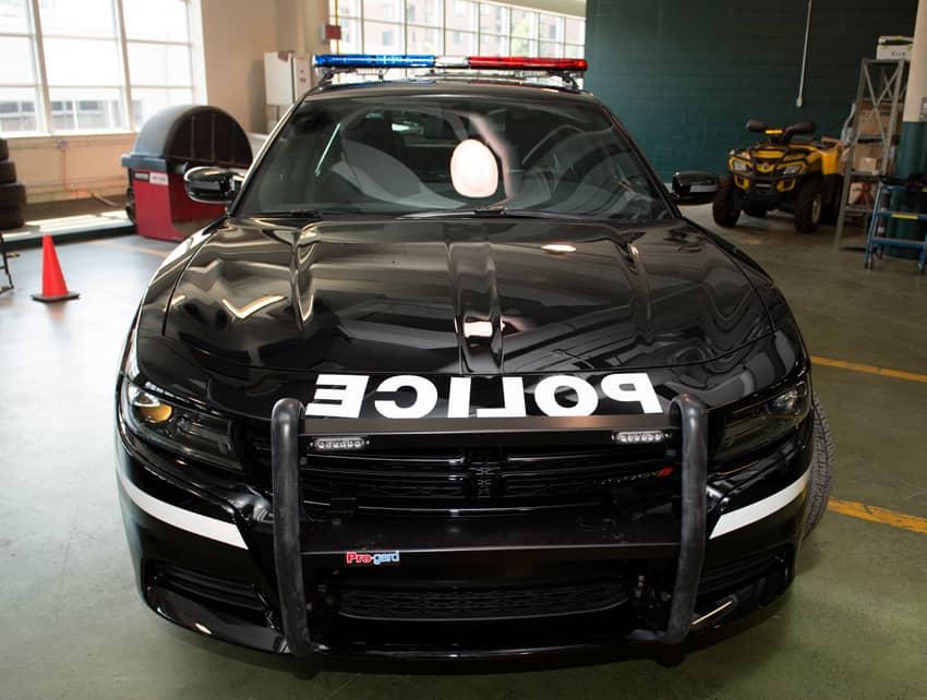 Nouveau design pour les voitures de patrouille — Sûreté du Québec