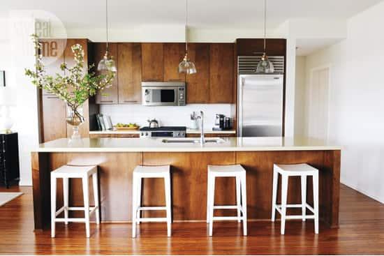 interior-somethingsgotta-kitchen.jpg