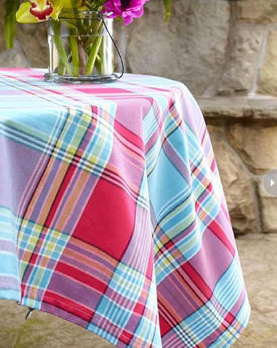 outdoor-entertaining-tablecloth.jpg