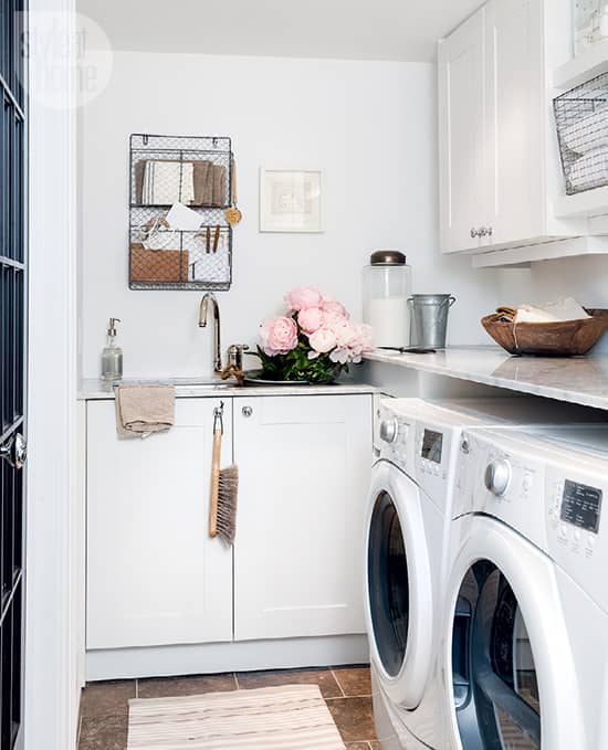 small-space-laundry-room-1.jpg