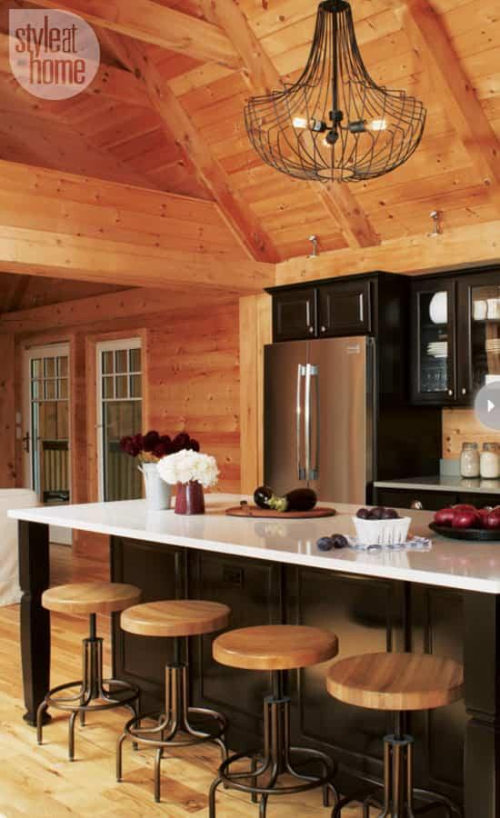 cottage-kitchen-design-island.jpg