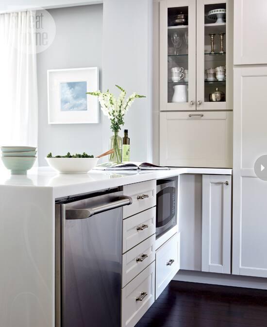 15-kitchens-thatwork-hiddenmicro.jpg