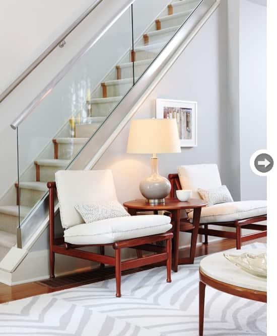 sarah-family-home-stairs1.jpg
