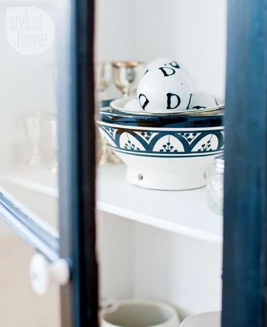 interior-fresh-white-shelf.jpg