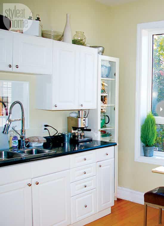 hautebohemian-kitchen-before.jpg