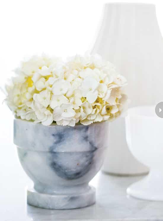 homedecor-floral-whites-hydrange.jpg