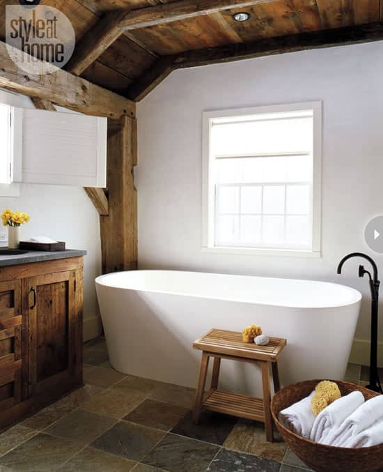 bathrooms-modern-rustic-barn.jpg