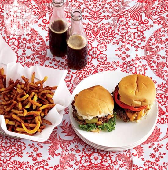 picnic-tablecloth-ideas-LRG.jpg