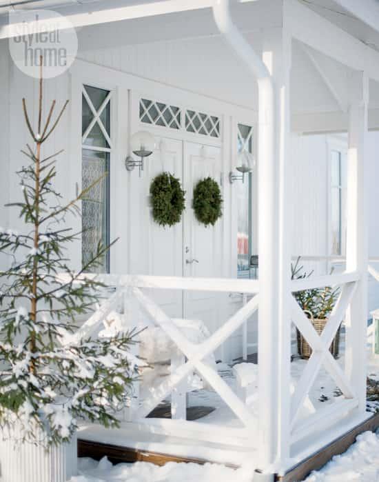 interior-fresh-white-porch.jpg