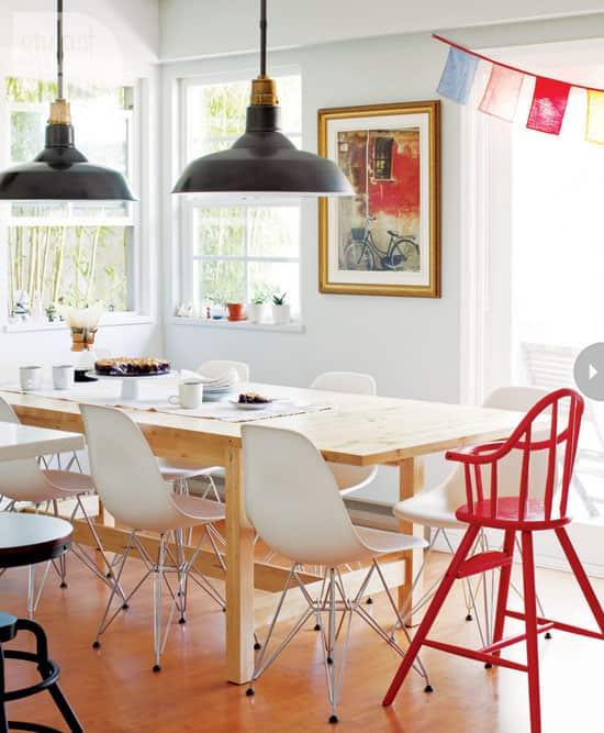 modern-mix-art-dining-area.jpg