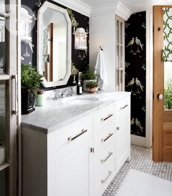 decorating-fancy-bath-vanity.jpg
