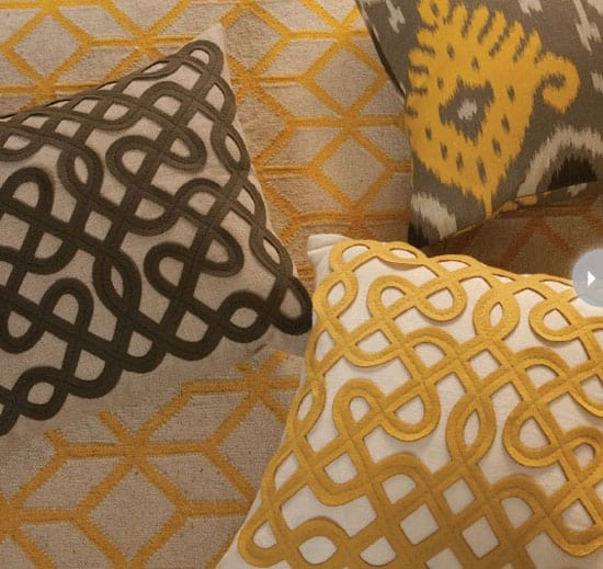 buying-toss-cushions-pattern.jpg