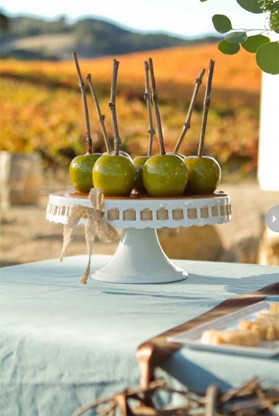 dinner-party-themes-fall-harvest.jpg