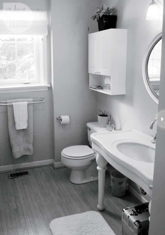 bathroom-reno-before-2.jpg