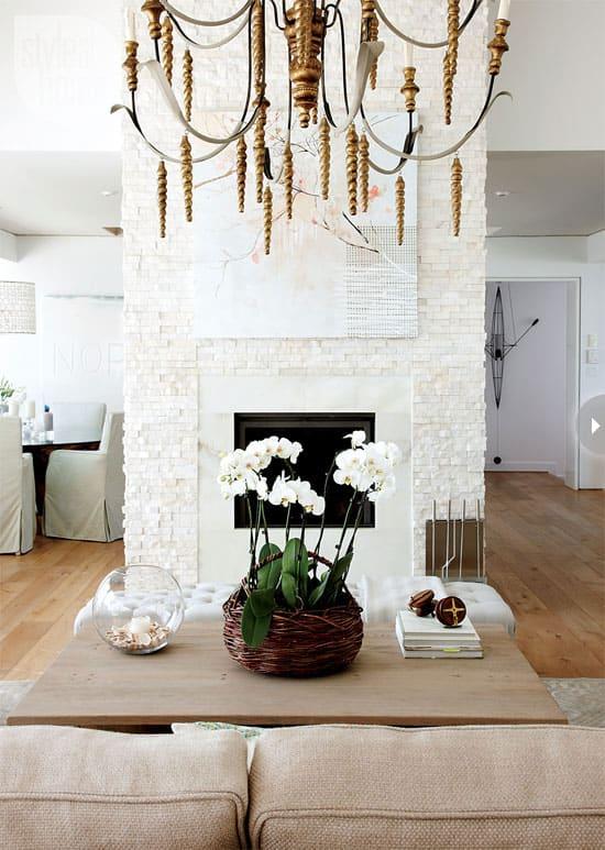 interiors-family-cottage-firepla.jpg
