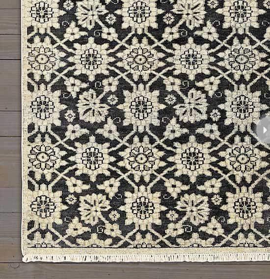 floral-decorating-rug.jpg