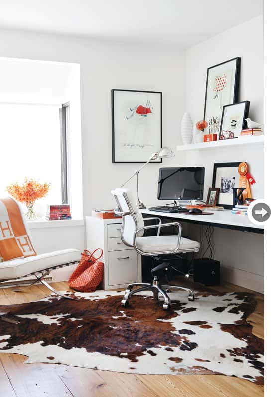 organizing-workspace-modern.jpg