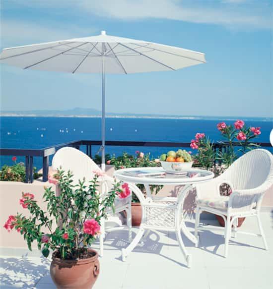 paint-outdoor-furniture1.jpg