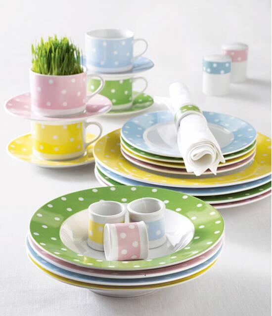 easter-decor-dinnerware-550.jpg