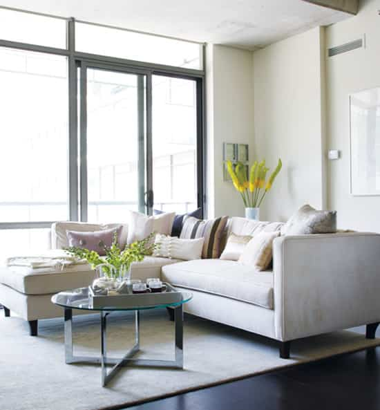 feminine-chic-sofa.jpg