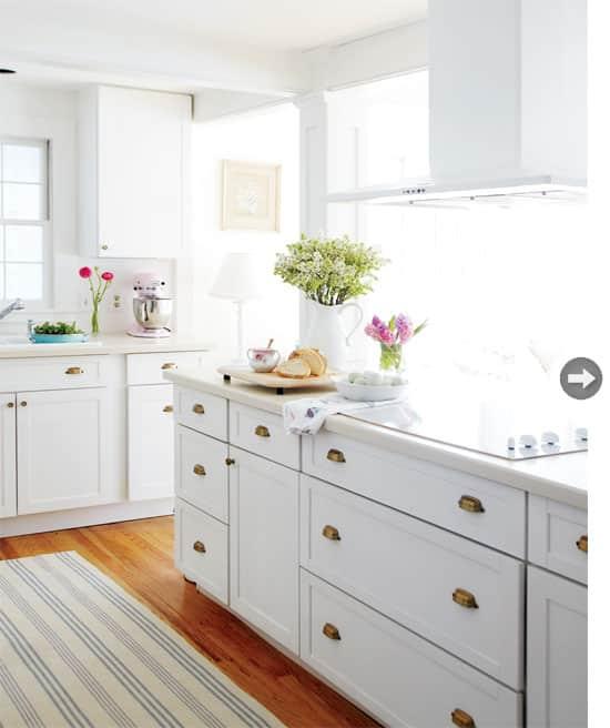 interiors-vintage-charm-kitchen.jpg