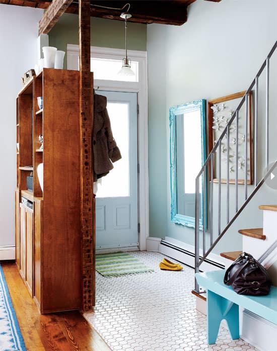 interiors-freshplayful-entry.jpg