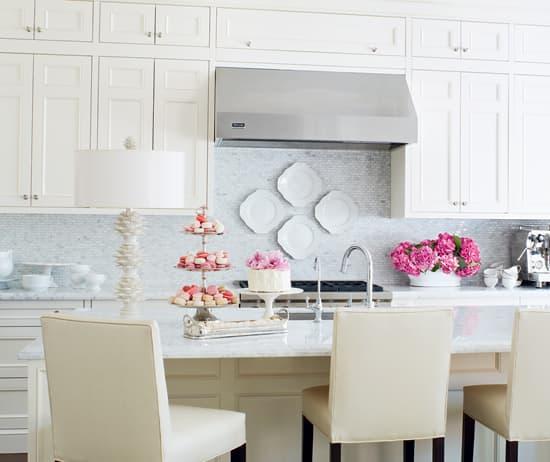 inside-design-colleen-kitchen-MA.jpg