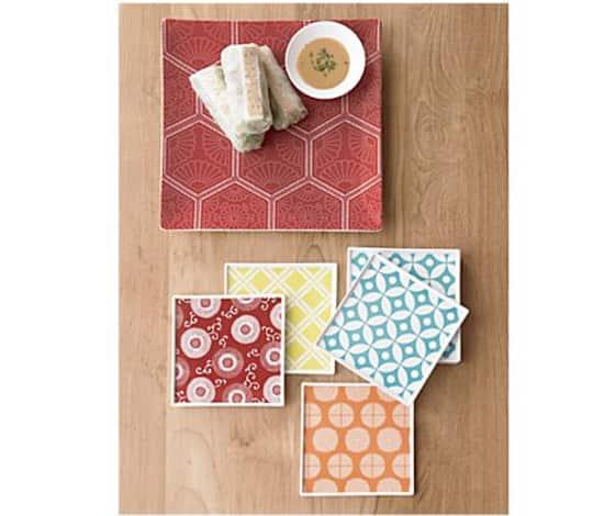 spring-decor-graphic-plates.jpg