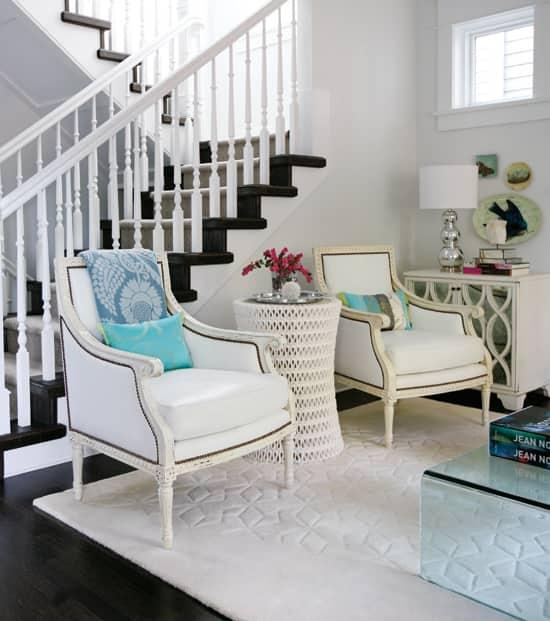 modern-classic-stair-case.jpg
