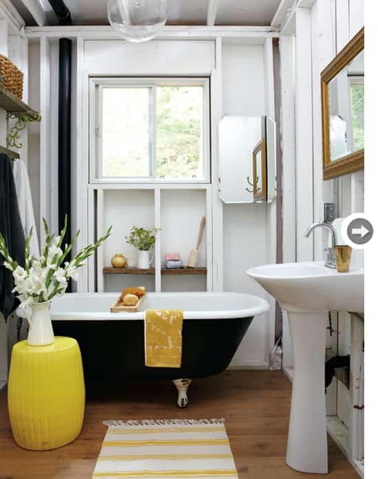 DIAMOND-bathroom.jpg