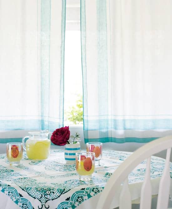 comfy-cottage-table.jpg